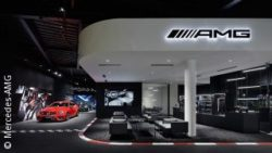 Image: Showroom; copyright: Mercedes-AMG